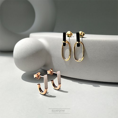 Piyapoom Jewelry Co.,LtdEarrings from the Elegance Collection